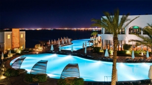 Domina Oasis Hotel & Resort