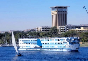Nile Cruise: Aswan (Botanical Garden), Flight to Cairo