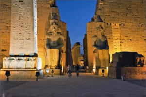 Luxor: (Westbank: Kings Valley, Queens Valley, Hatshepsut Temple, Memnon Colossi) + (Eastbank: Karnak & Luxor Temples)